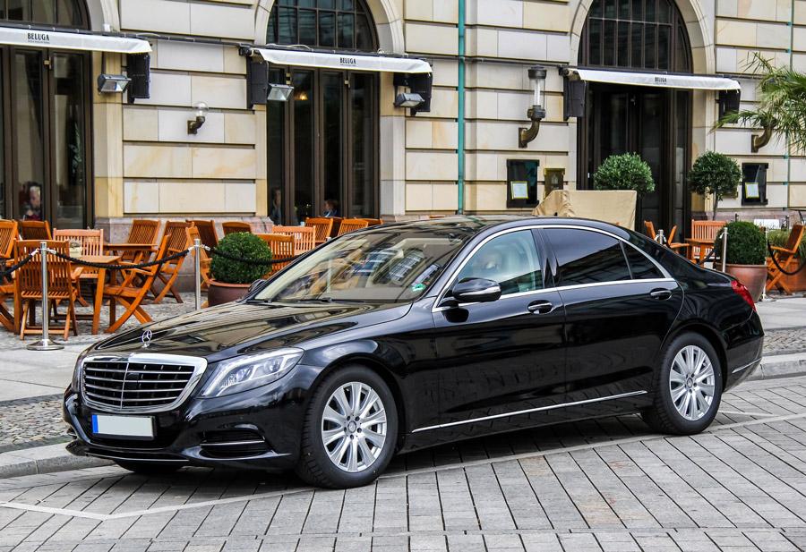 Mercedes classe S en location avec chauffeur à Paris